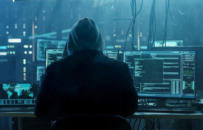 Serangan Siber Tak Selalu Lewat Internet