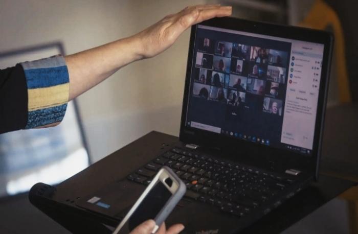 Zoom telah mengirimkan data ke Facebook dan Google yang diduga melanggar privasi dan tindakan tersebut mendapatkan surat dari kantor jaksa agung New York