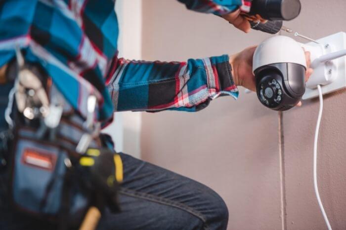 Pasang Akun Pintu Belakang Ratusan CCTV, Teknisi Ini Intip Aktivitas Seksual Pelanggannya