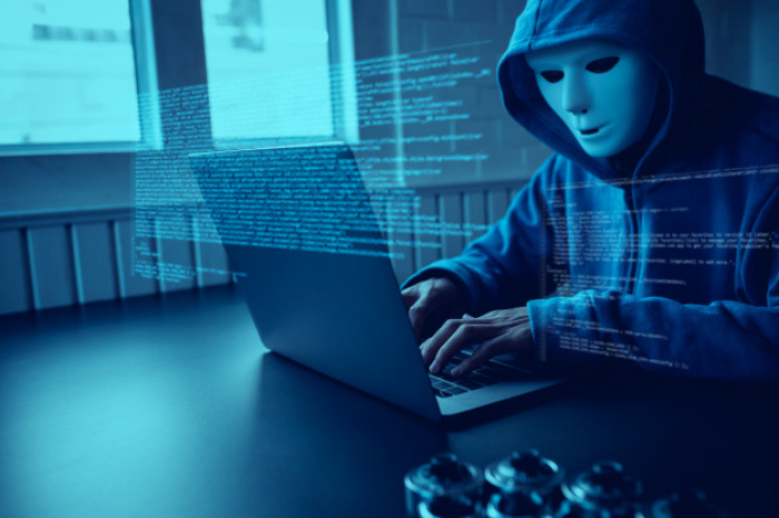 Penindasan Data Pribadi yang Berketiak Ular