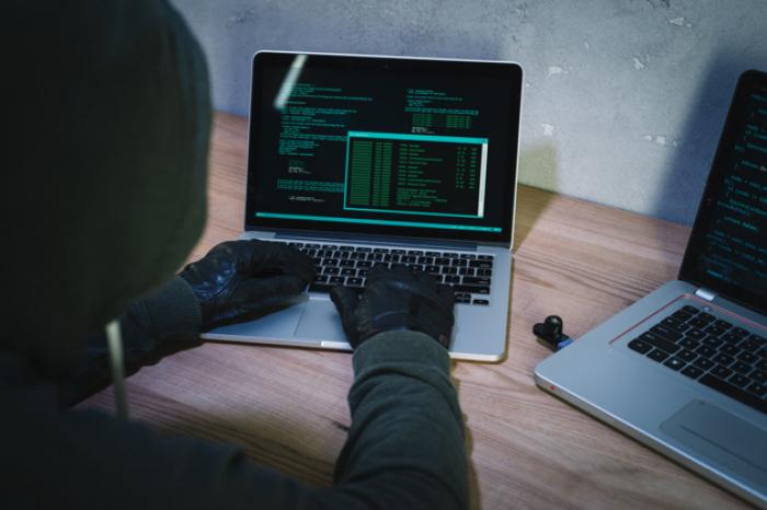 Cybersecurity: Pemborosan Uang atau Pertahanan?