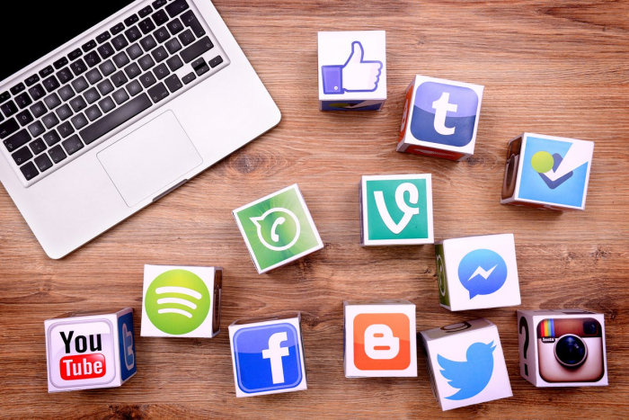 Perangi Hoax, Platform Media Sosial Jajaki Aliansi Bersama